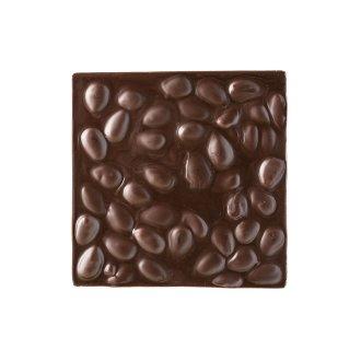 Quadrella cioccolato fondente e mandorle dettaglio